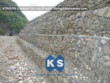 Çin Strong Welded Gabion Retaining Wall Stone Gabion Box For Roadway Protection Tedarikçi