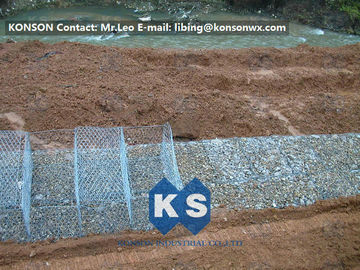 Çin Stainless Steel Galvanized Hexagonal Wire Mesh Gabion Boxes , 0.5mm Thick PVC Coated Fabrika